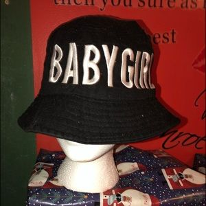 Accessories - Baby girl hat
